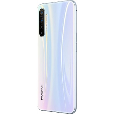Realme XT (8GB) include Phone Case and Screen Protector **FREE Realme Buds 2
