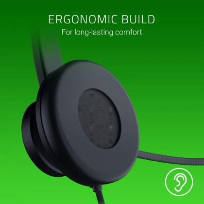 RAZER Tetra Wired Console Chat Headset (Rotating Cardioid Microphone, Left-Right Reversible Design, 70g, In-Line Volume Controls, 3.5mm Analog)